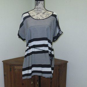 Motherhood maternity tunic top size Large